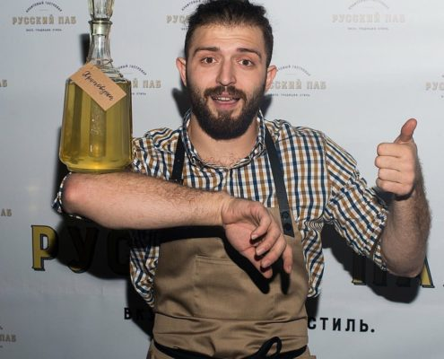 Mf 8dX3y00M 495x400 - Кравченко Иван